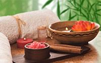 Peeling & Aroma-Öl-Massage